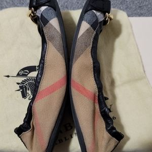 Burberry Ballerina shoes size 35